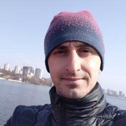 Artem Novosad avatar