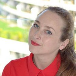 Svitlana Yanyeva avatar
