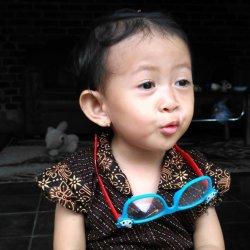 Nadhira avatar
