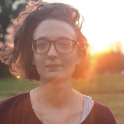 Fiona Pouet avatar