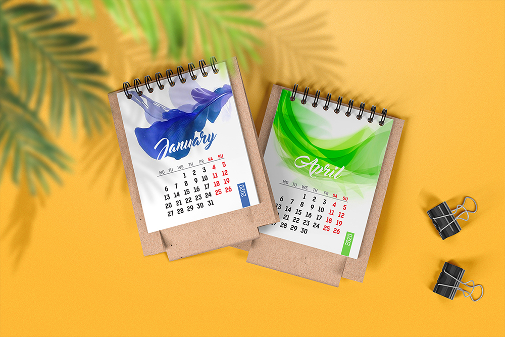 Mini Desk Calendar Mockup example image 4
