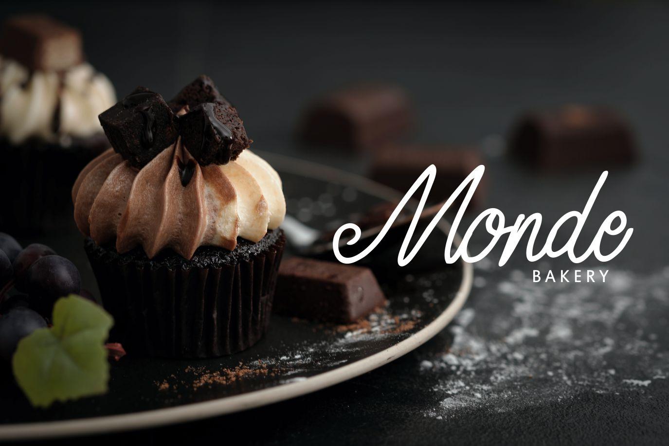 Seventy | Monoline Typeface example image 4