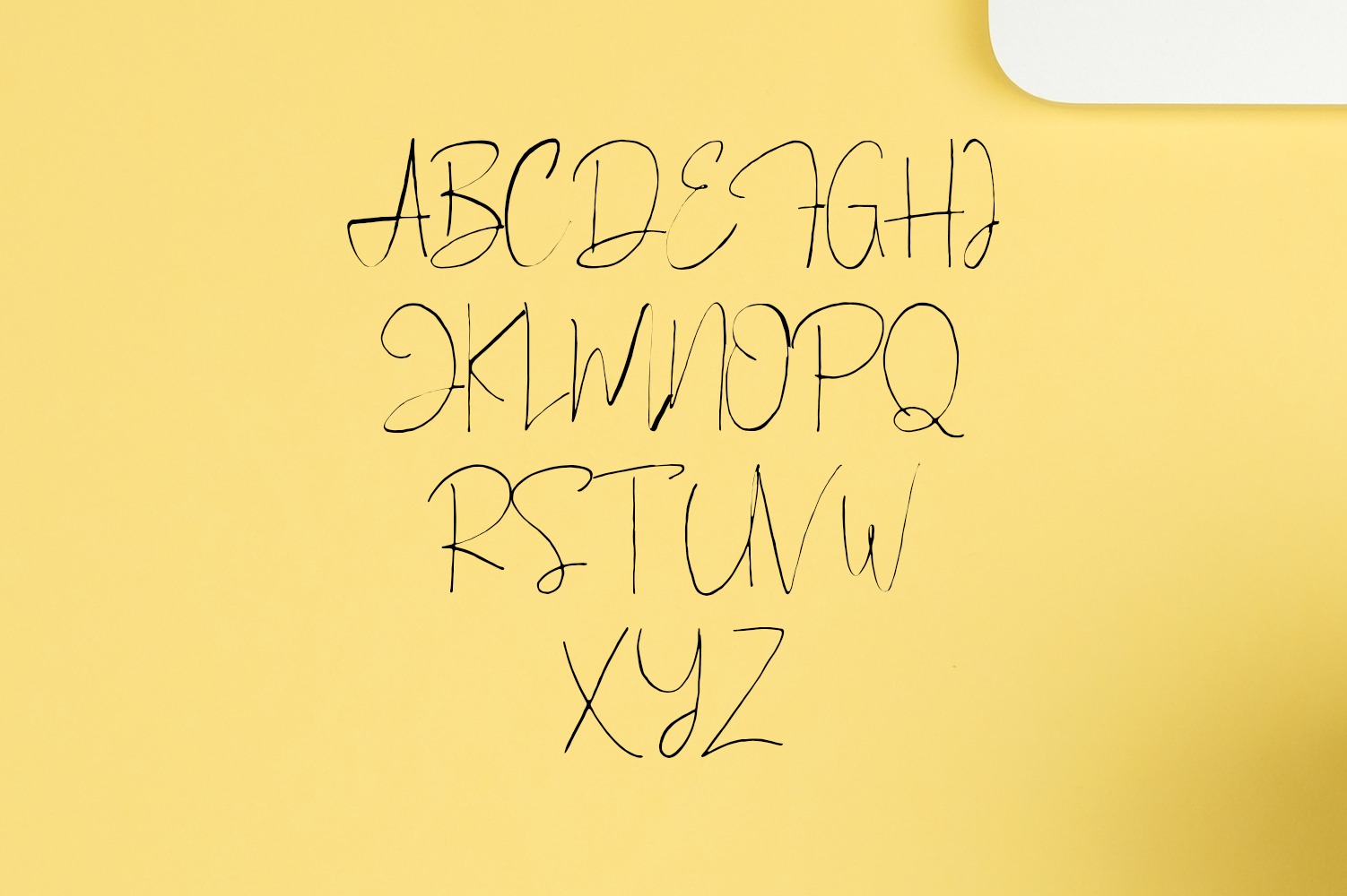 Bellinor A Hand Drawn Signature Font example image 3