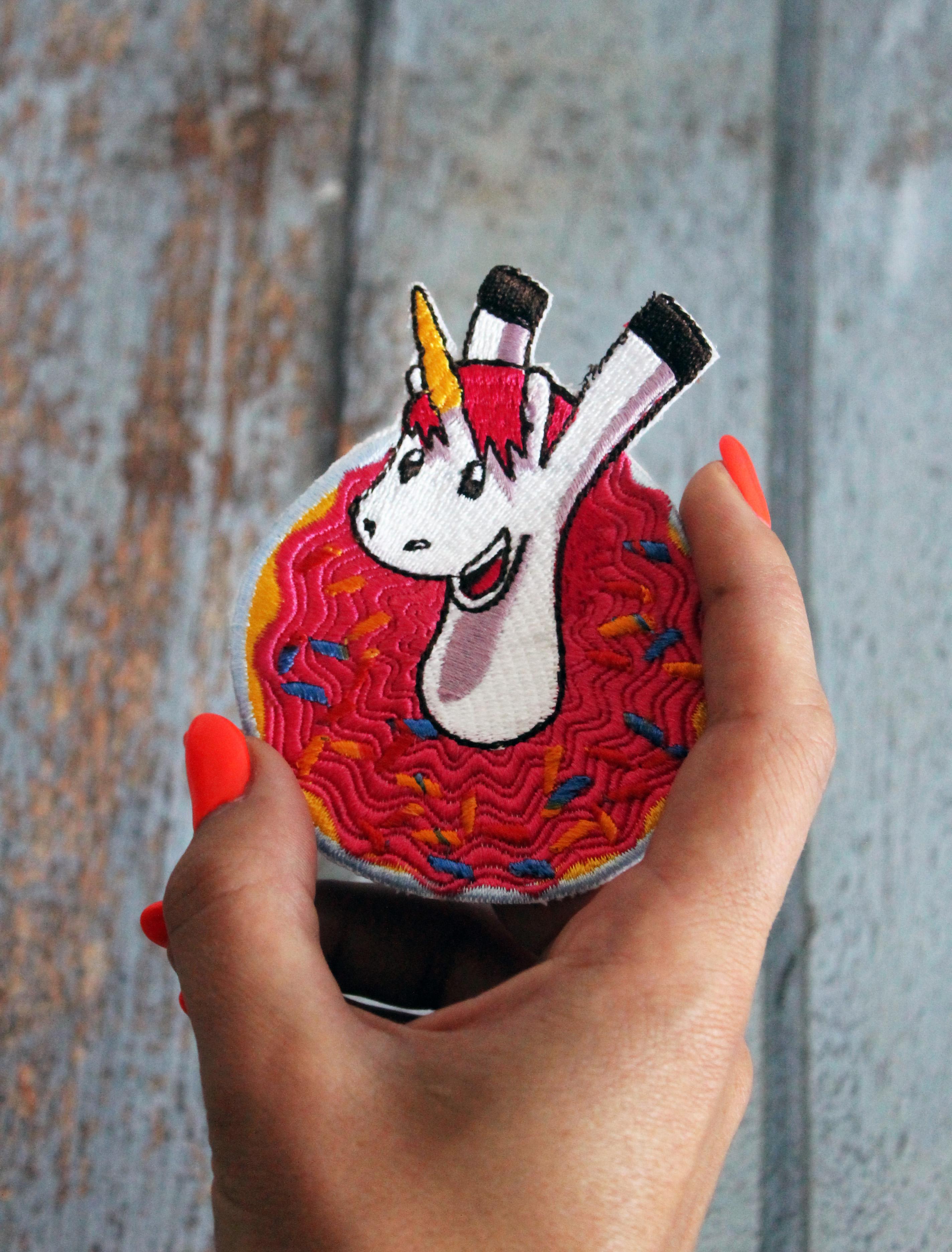 9 Unicorn Machine Embroidery Designs example image 12