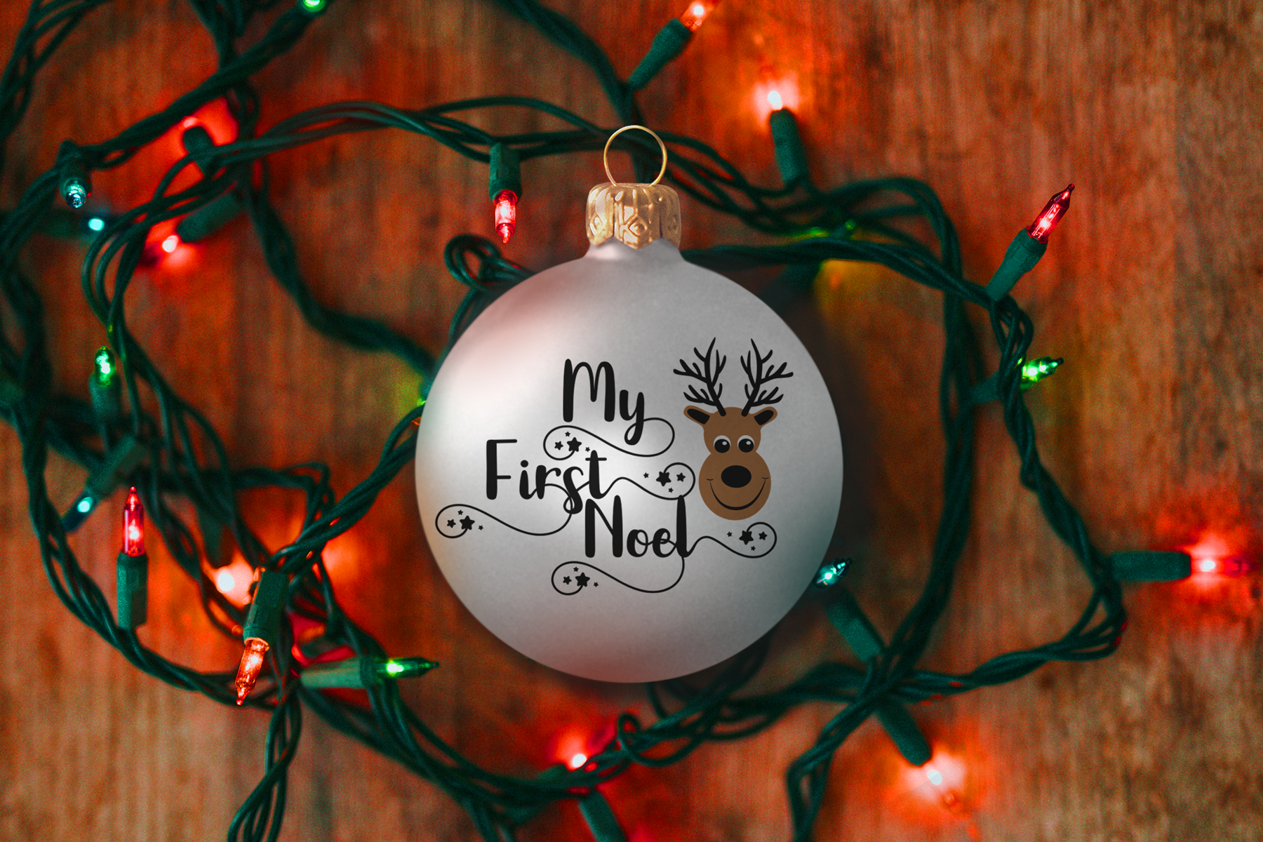 Christmas Ball Ornament Mockup, Bauble Mock-Up, PSD example image 3