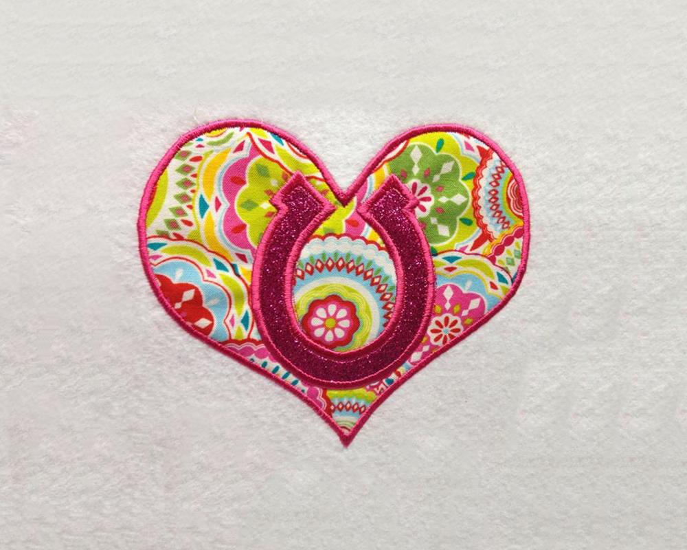 Horseshoe heart applique embroidery design