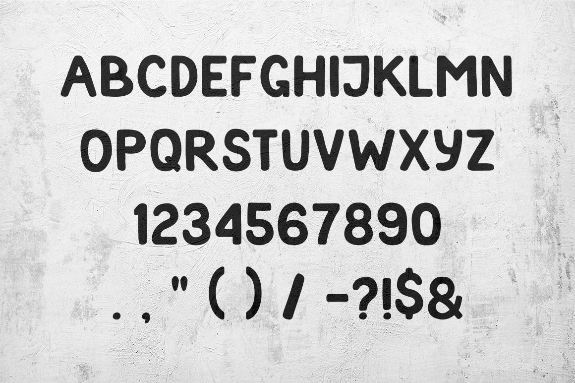 Favorado typeface example image 3