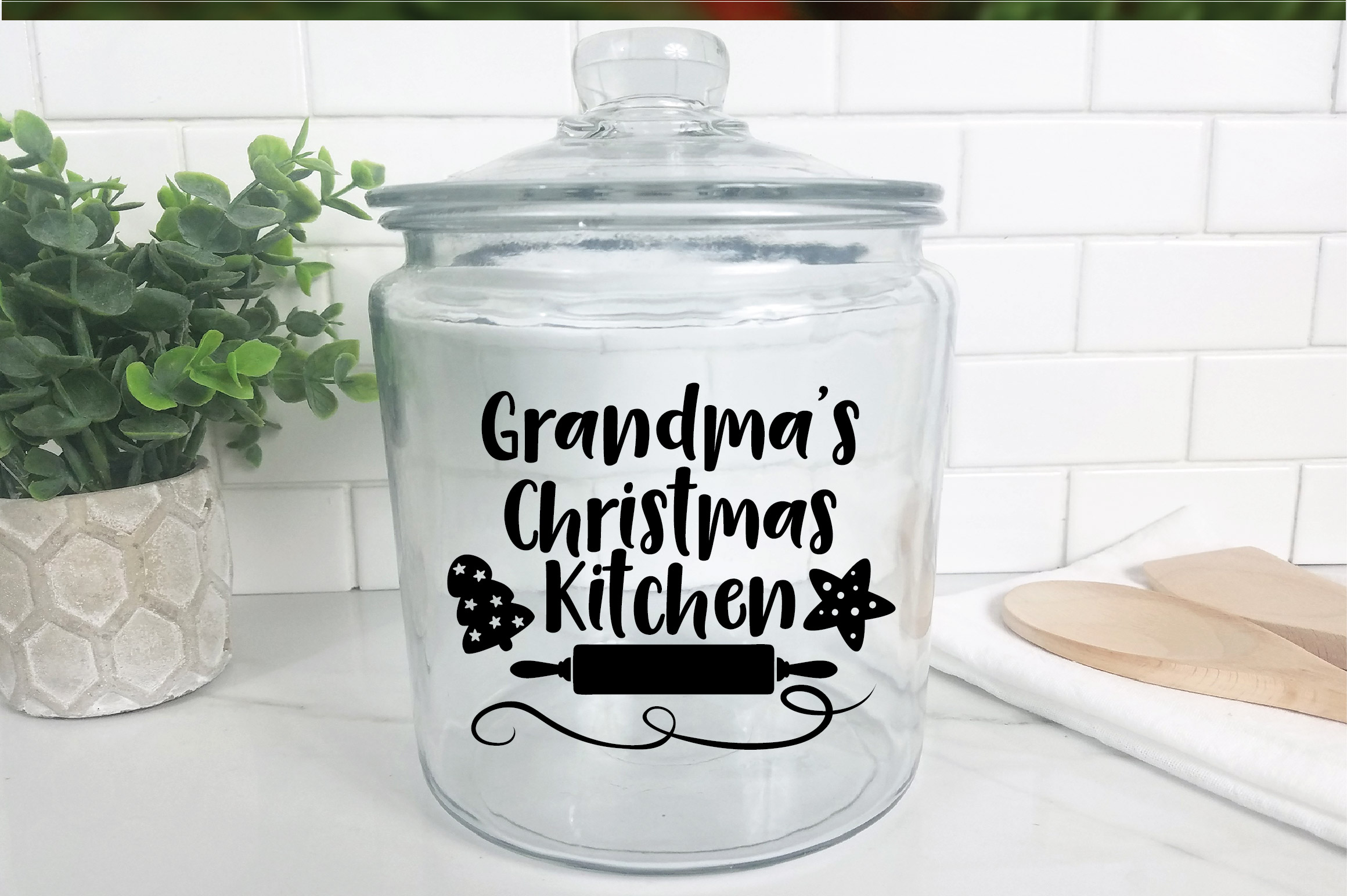 Christmas SVG Cut File - Grandma's Kitchen SVG DXF PNG EPS example image 9