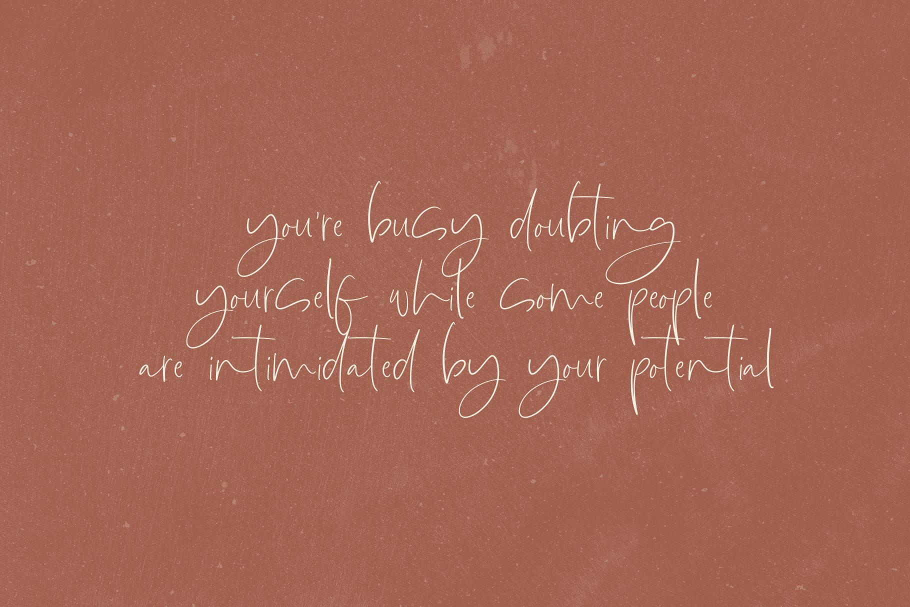 Lionness - A Handwritten Script Font example image 7