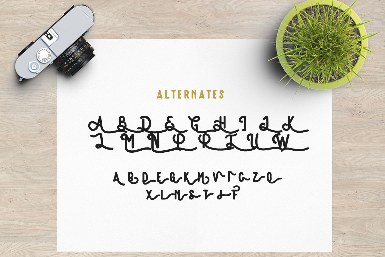Amatir Font Extra Vintage illustration example image 7