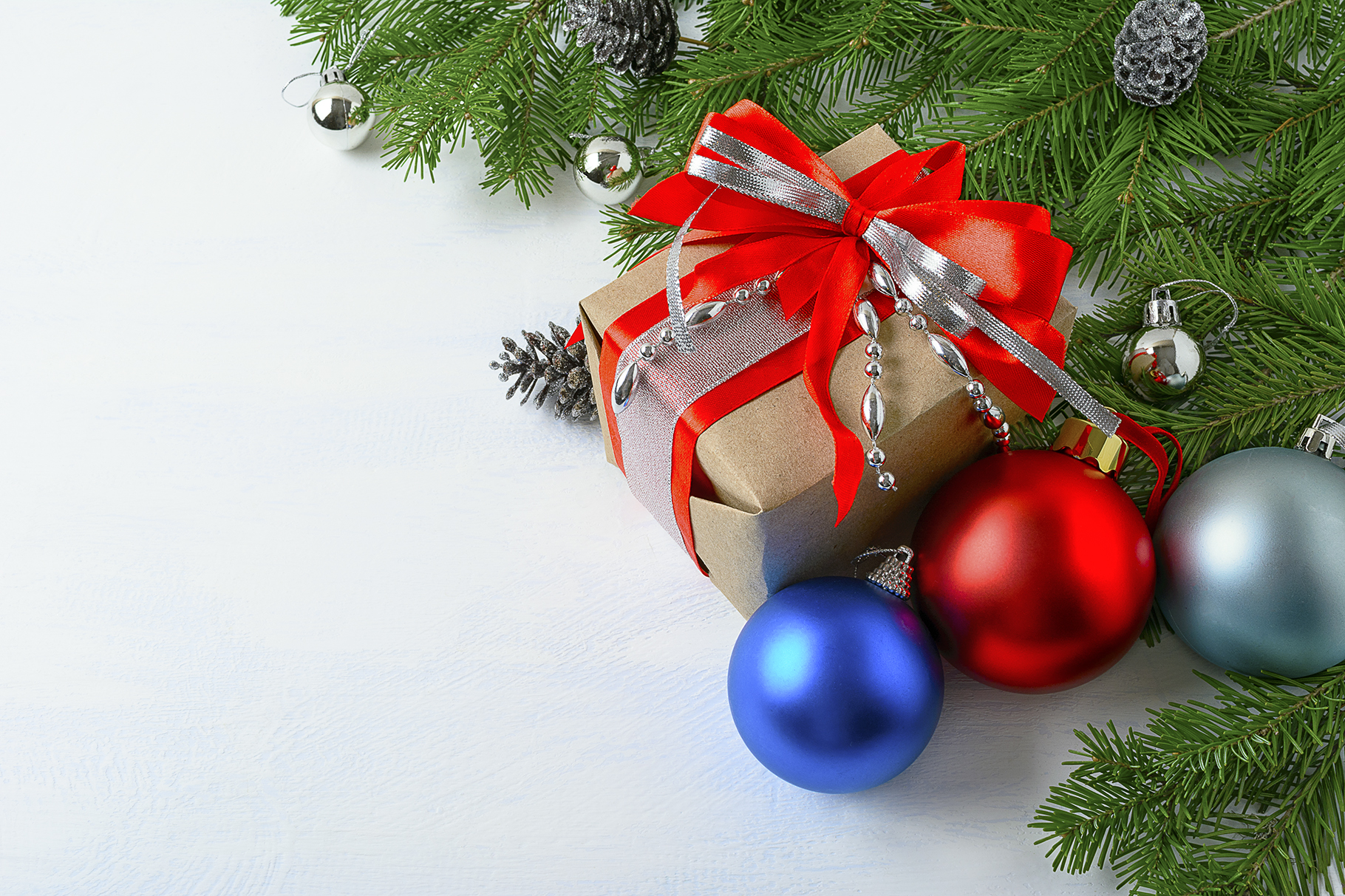 Christmas Background Pic.Christmas Background With Gift Box Blue And Red Ornaments