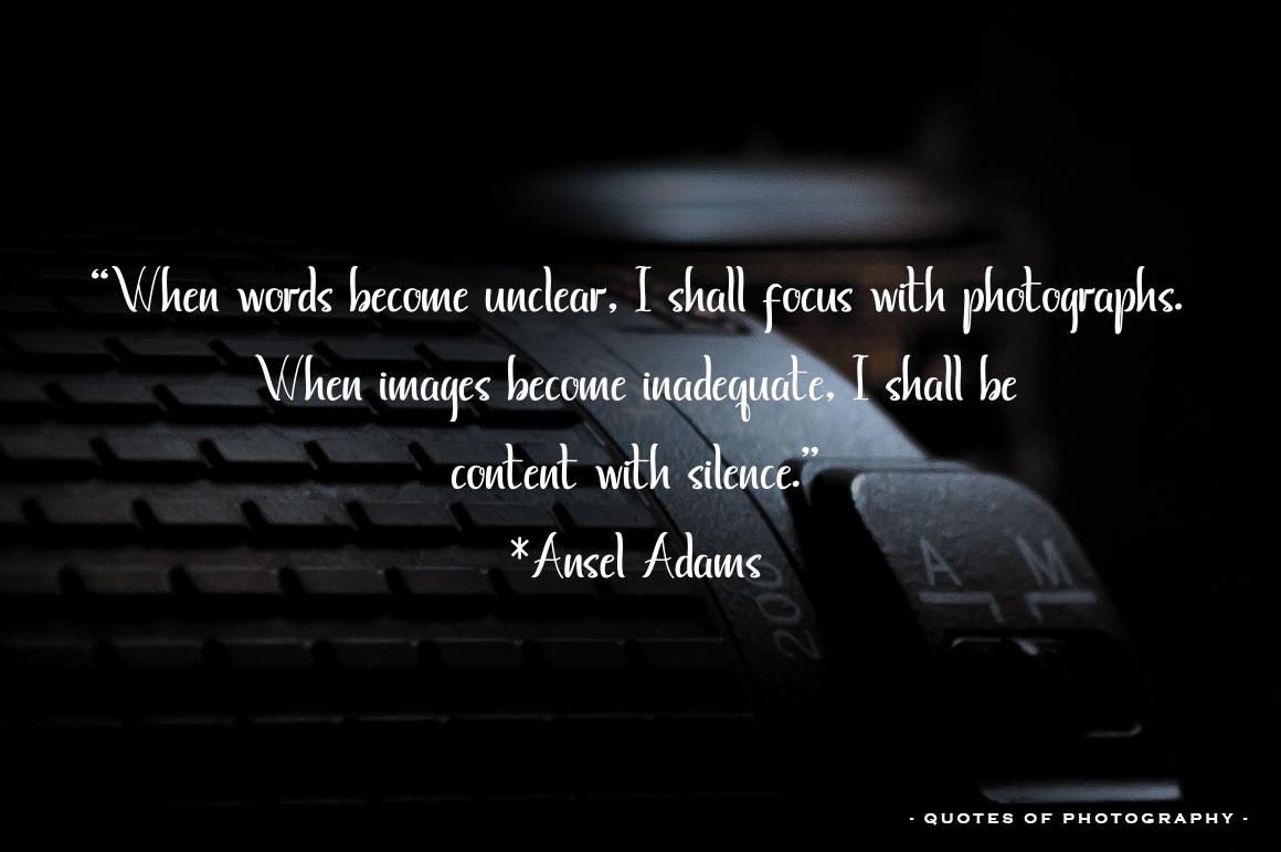 Ayunda Typeface example image 8