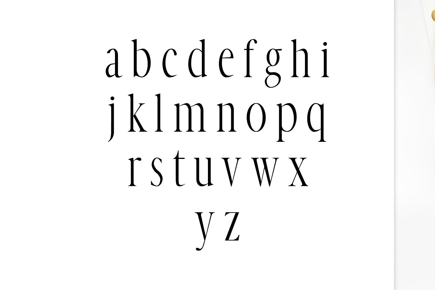 Veera Serif Typeface example image 3