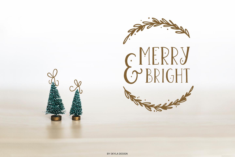 Joyeux Christmas font & Dingbat clipart illustrations example image 4