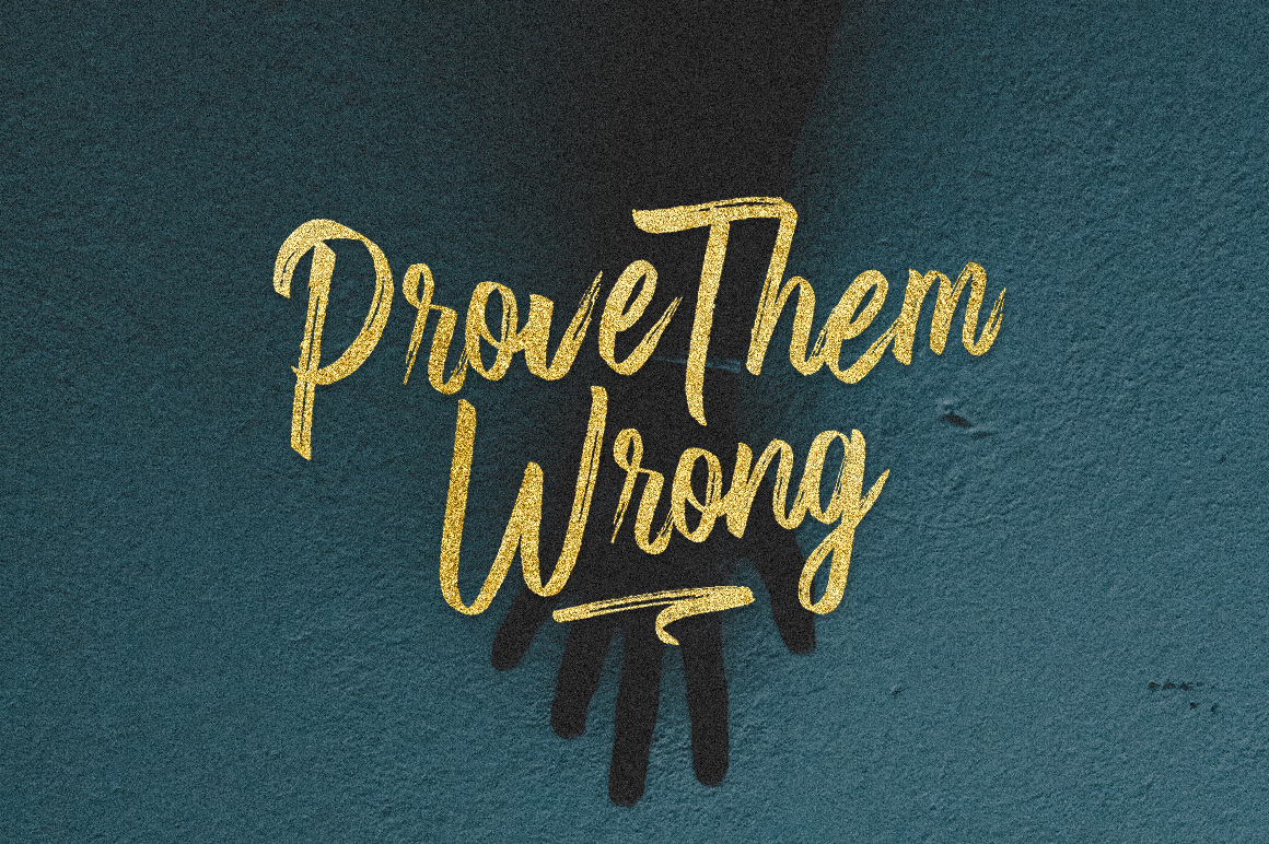 Fronds Getturing Brush Font example image 8