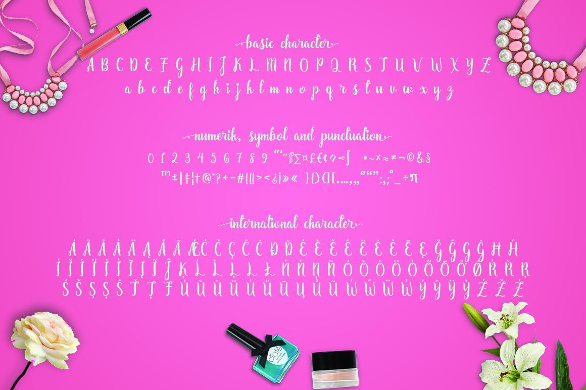 Zaheera Font Duo example image 5