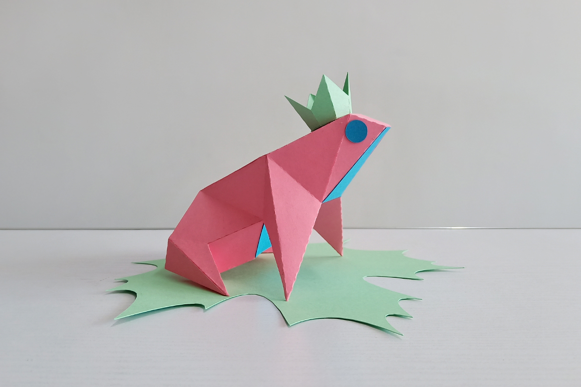 DIY Frog sitting on leaf,digital download,papercraft frog example image 2