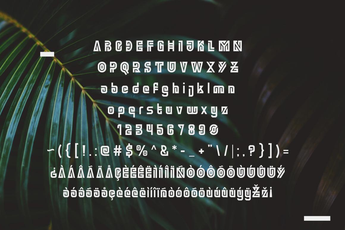 Ngamboel Typeface example image 5