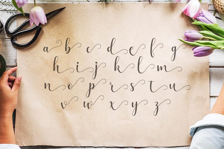 Alyshia Script example image 4