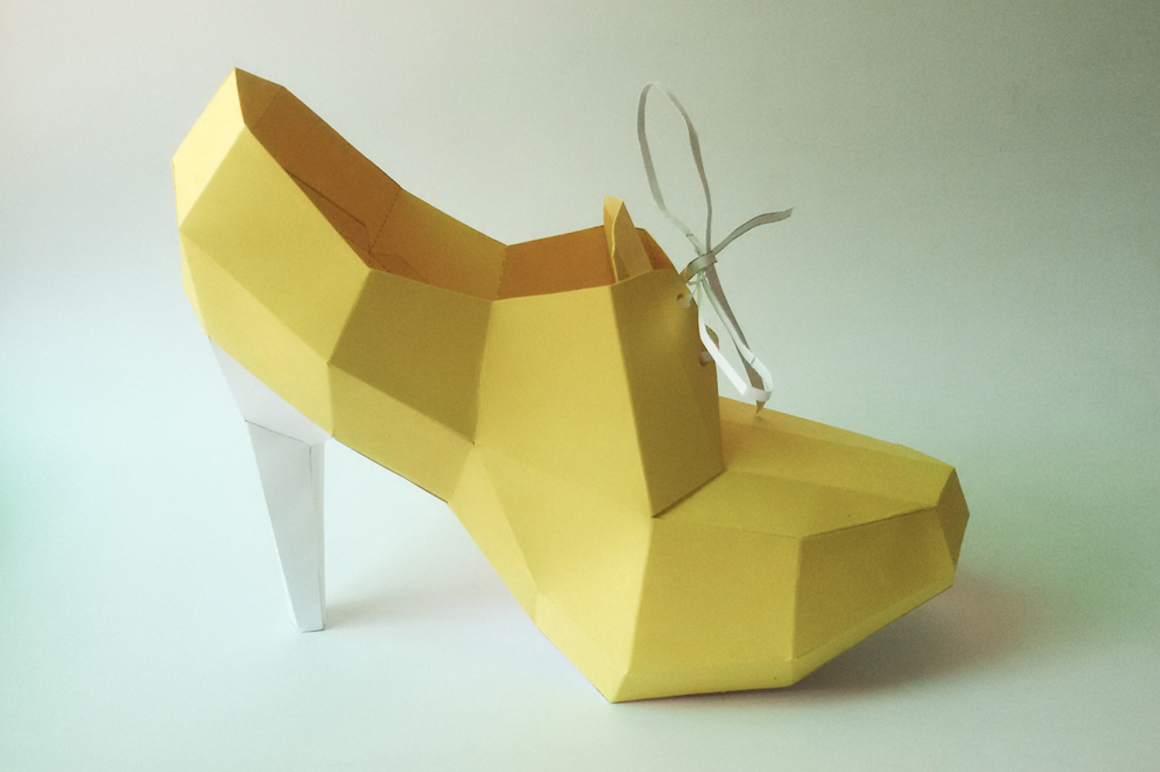 DIY High Heel Ankle Boot - 3d papercraft example image 3