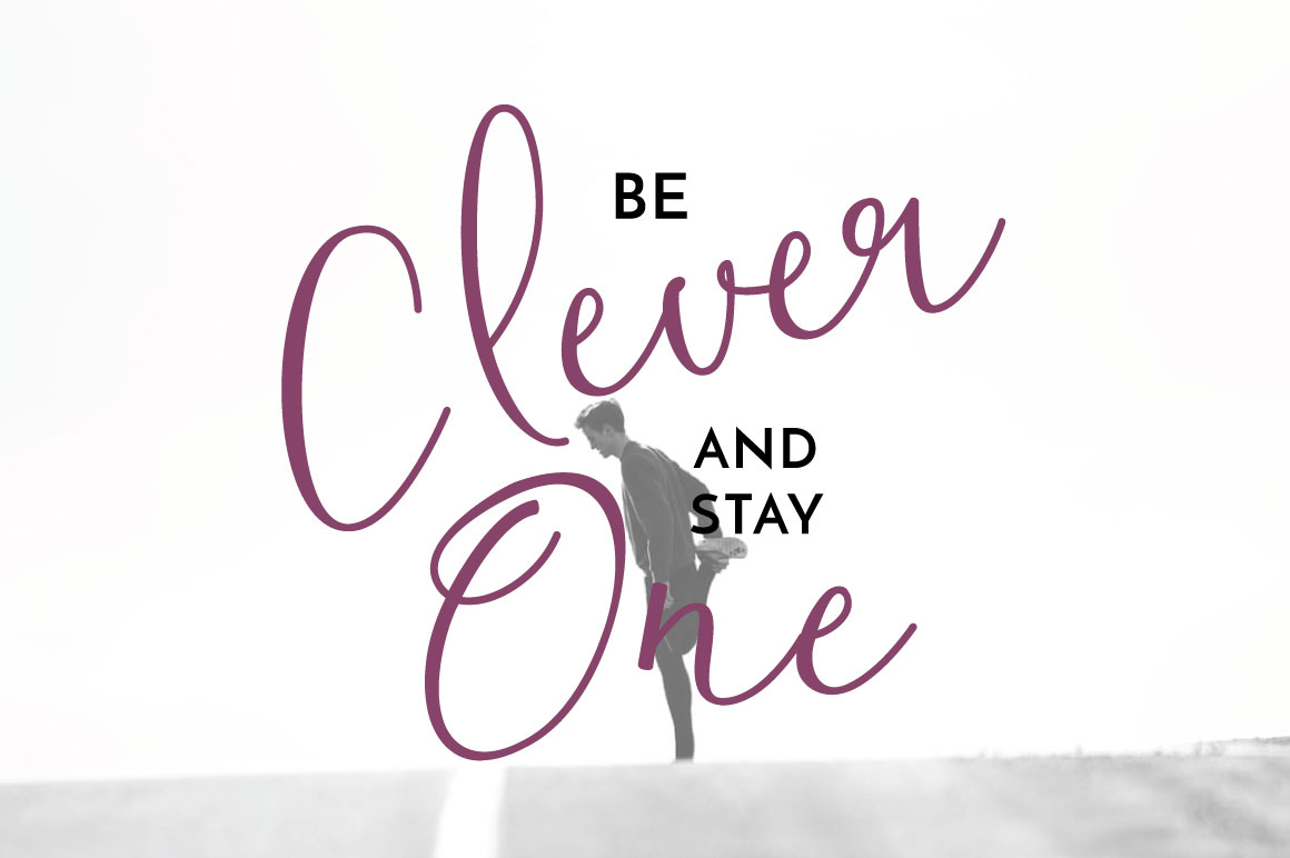 Clover Typeface example image 5
