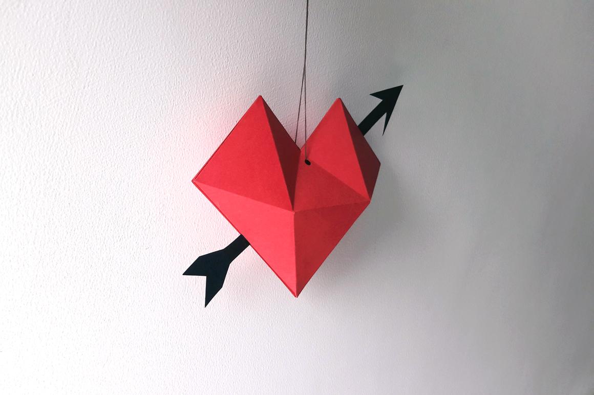 DIY Heart dangler - 3d papercraft example image 4