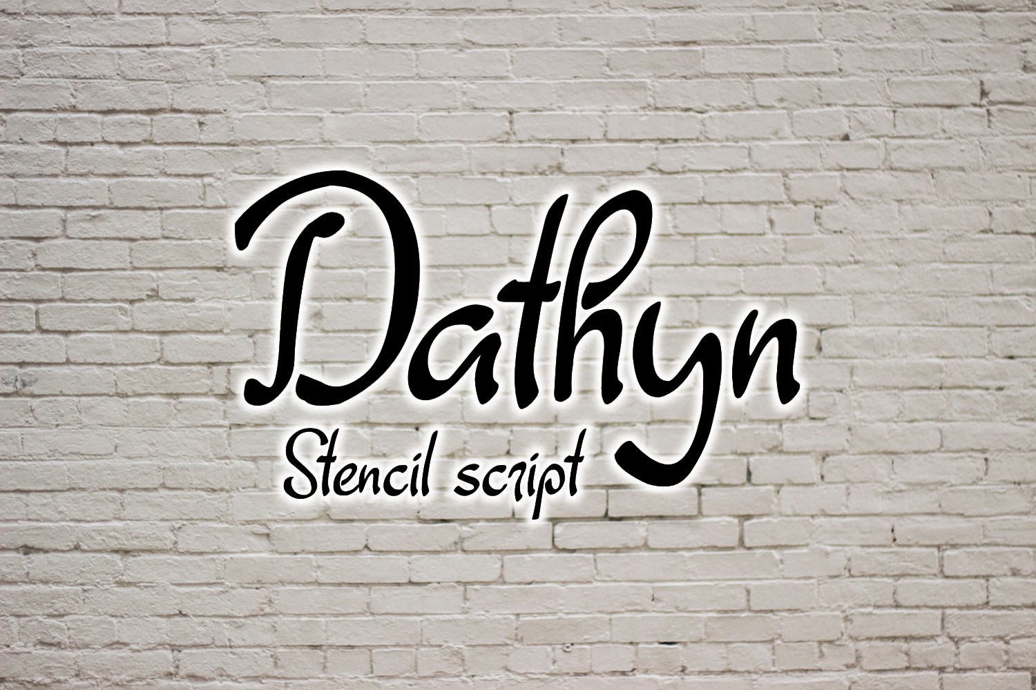 Dathyn Font example image 2