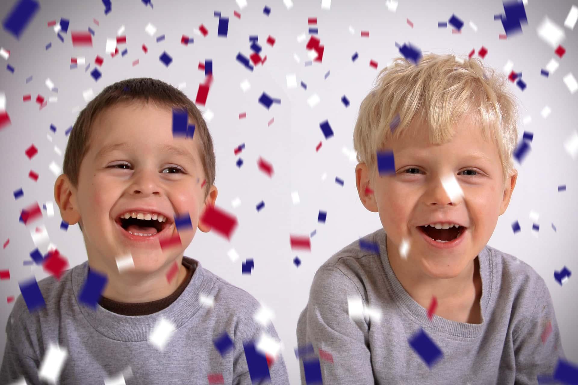 21 Confetti Photo Overlays example image 6