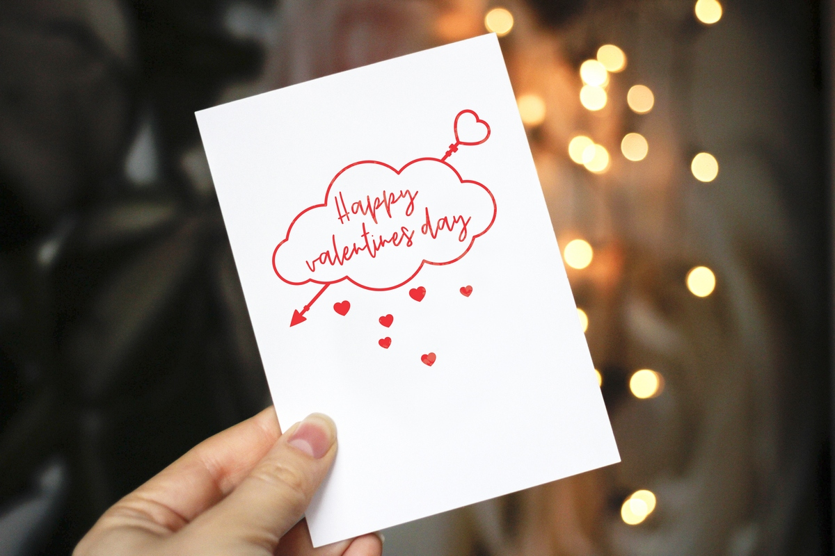 Valentine's Day SVG - Heart, arrows, clouds. example image 3