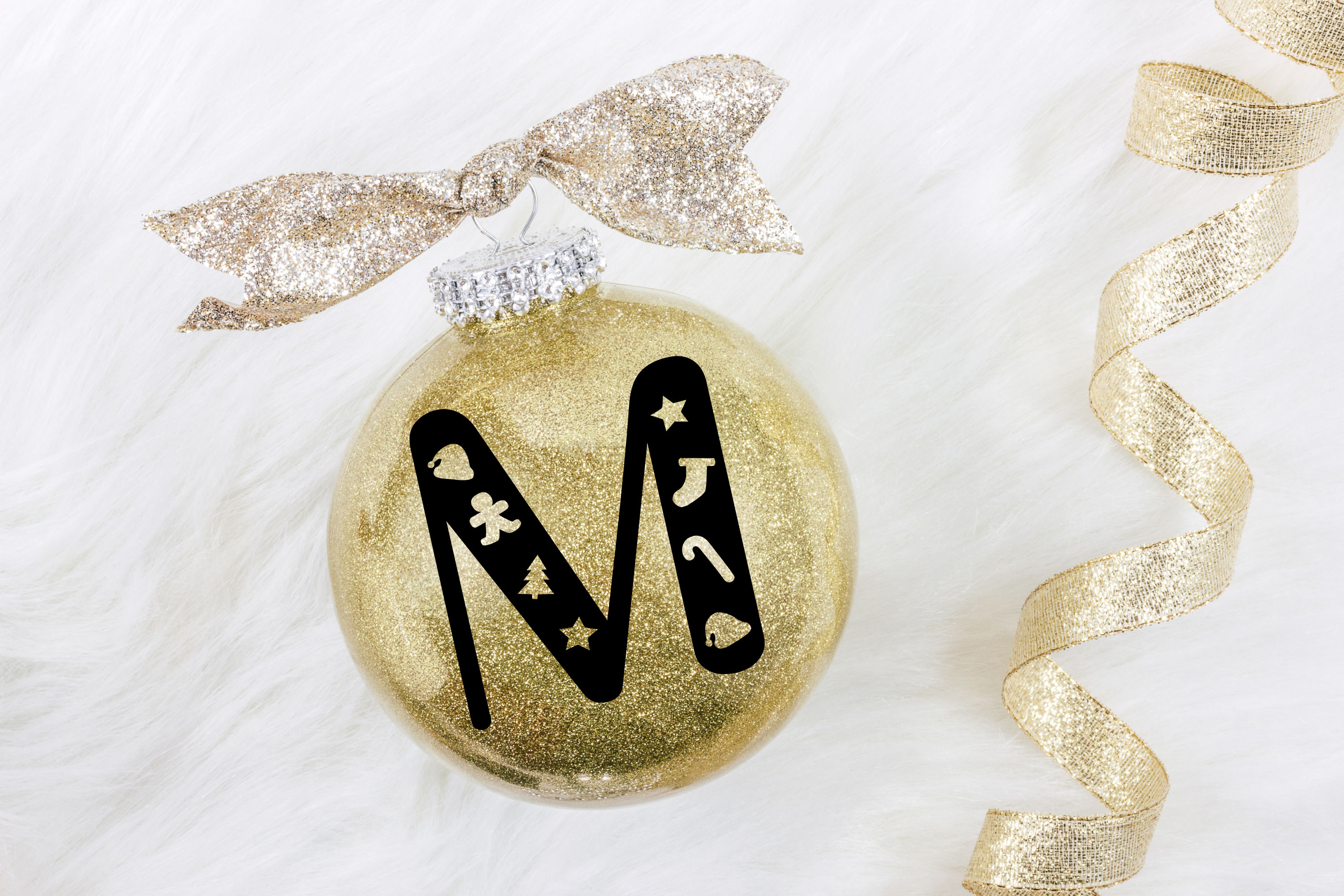 Christmas Cookie Cutters - A Christmas Font example image 8