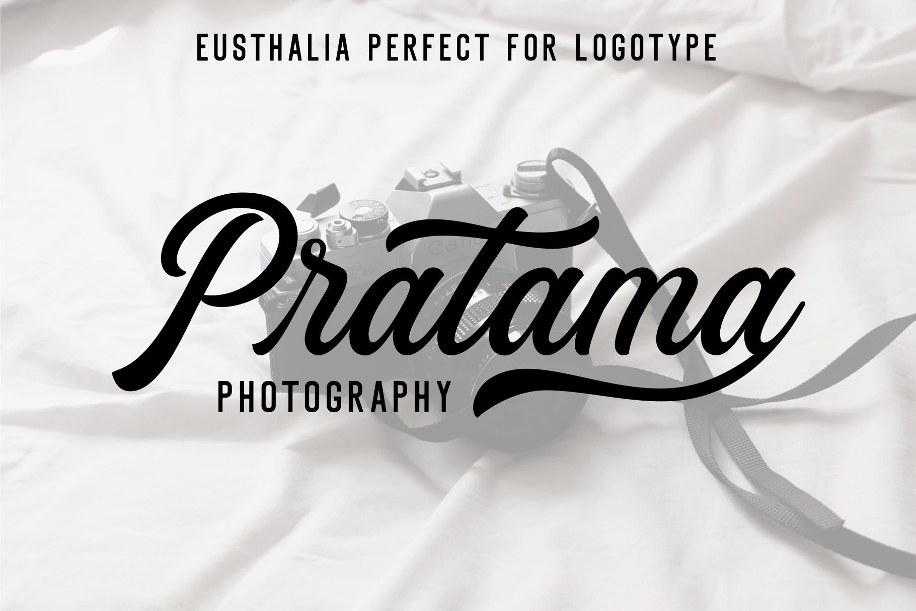 Eusthalia Font Family example image 12
