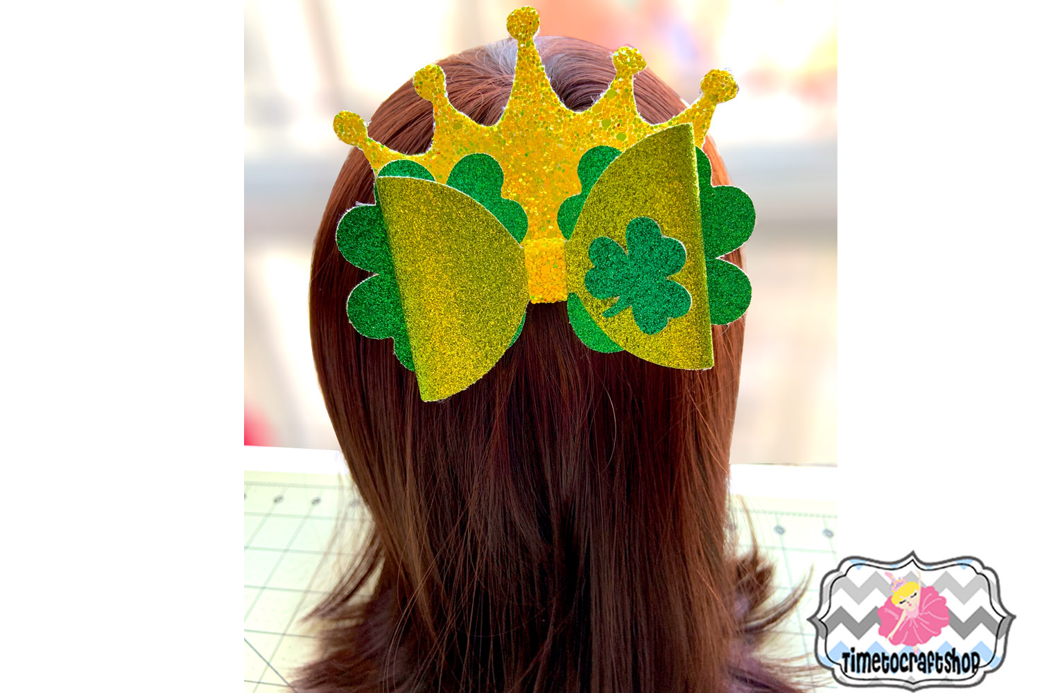 St Patrick's Day Shamrock Crown Hair bow Template example image 2