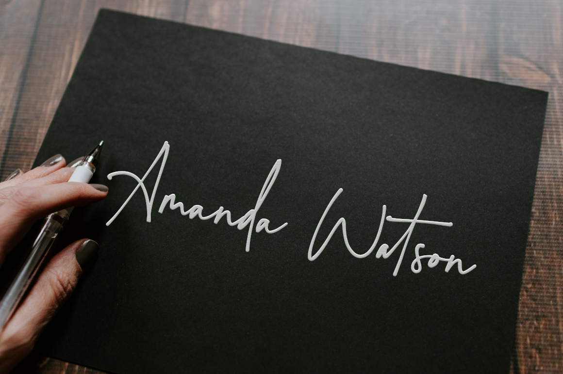 Montreuil - Elegant Signature Font example image 2