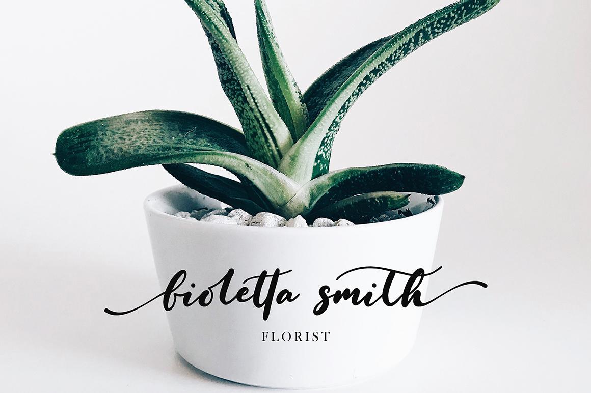 Fioletta Smith example image 6