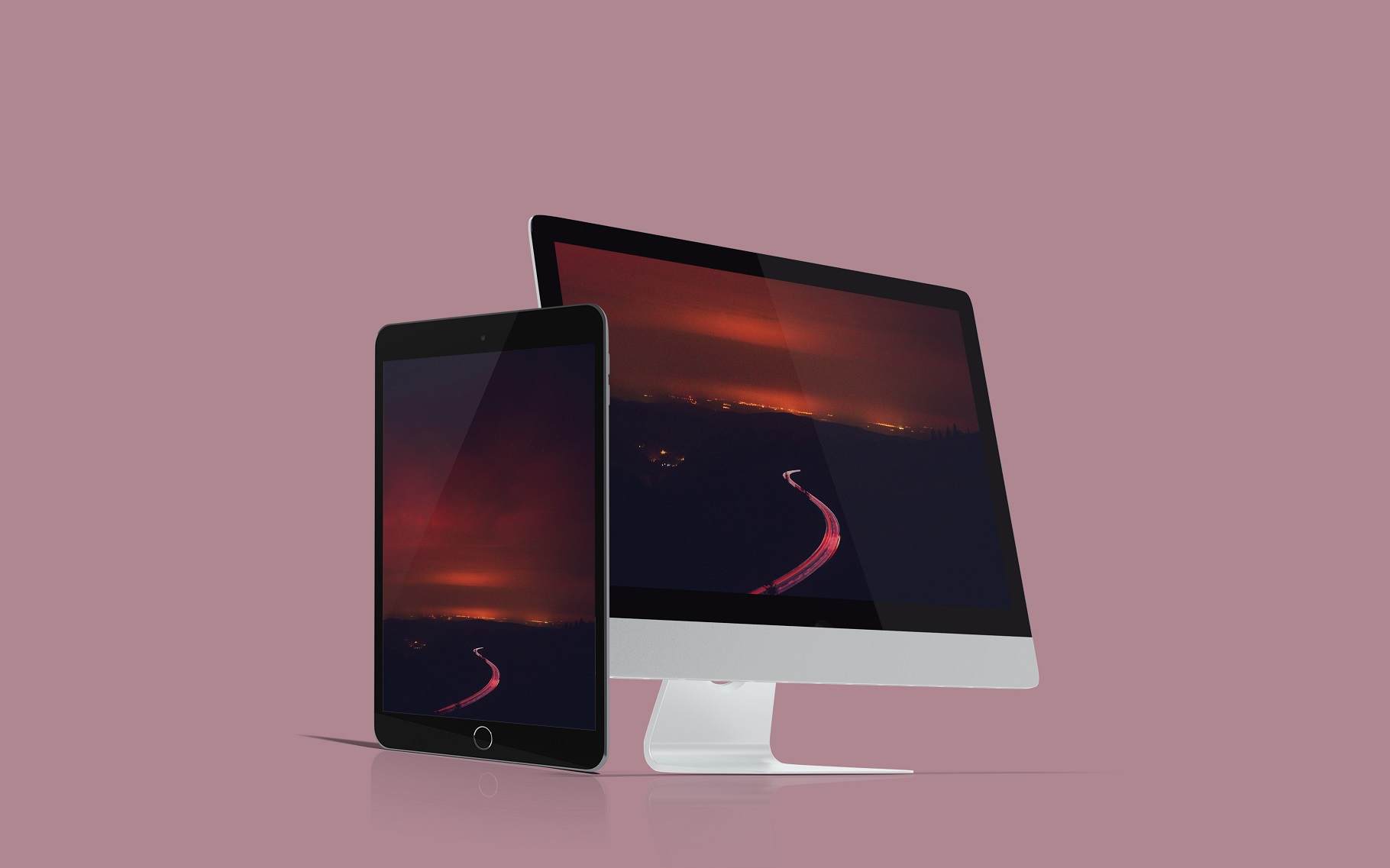 Multi Devices Website Mockup example image 6