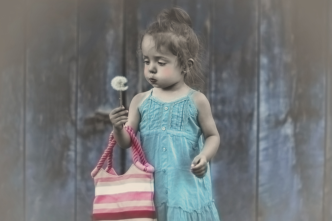 Colorized Old Photo Effect Photoshop example image 4