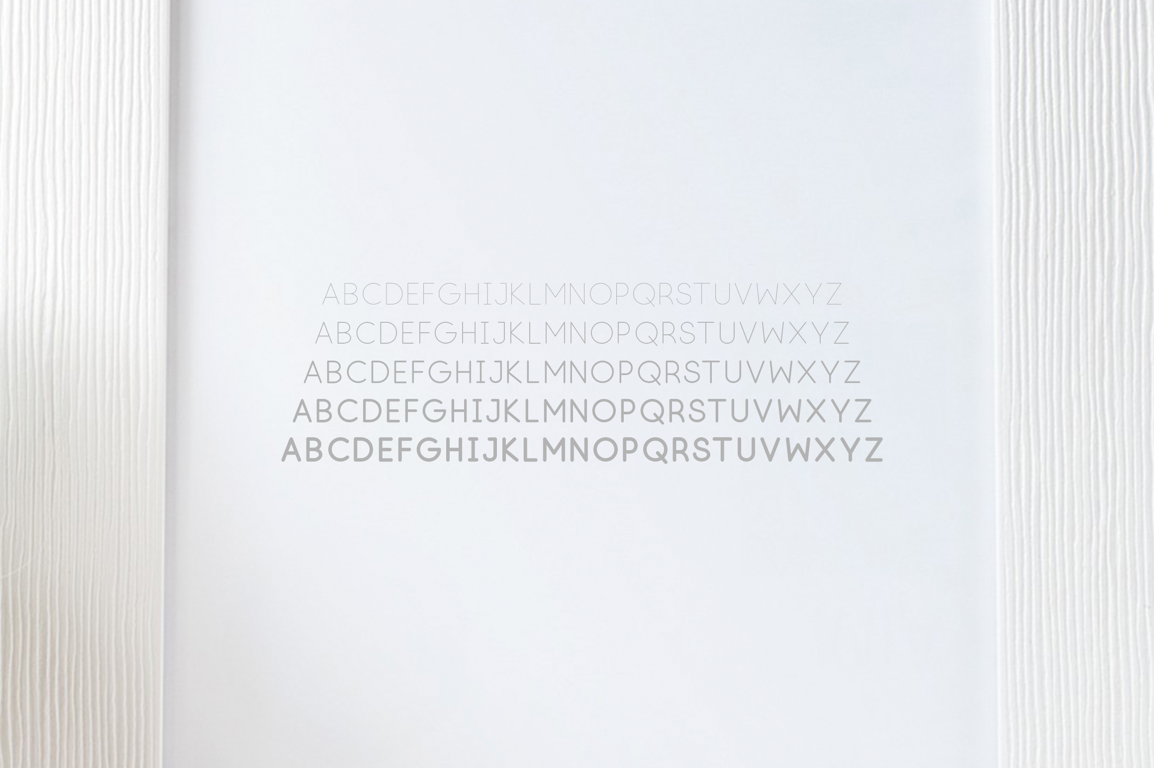 Lúna - A Luxurios Font Family example image 5