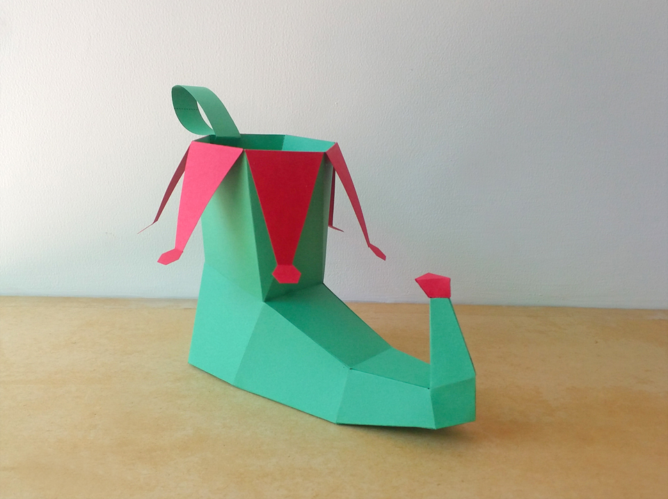DIY Elf Shoe - 3d papercraft example image 3