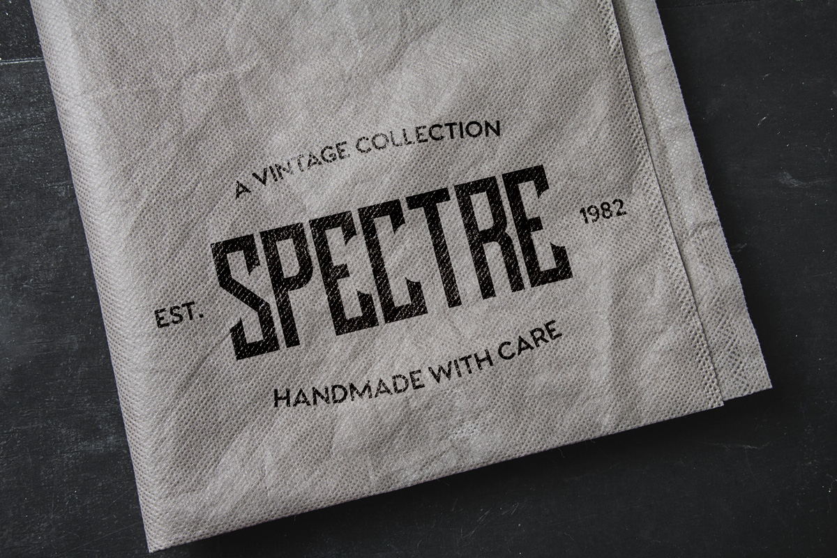 Lash Typeface example image 4