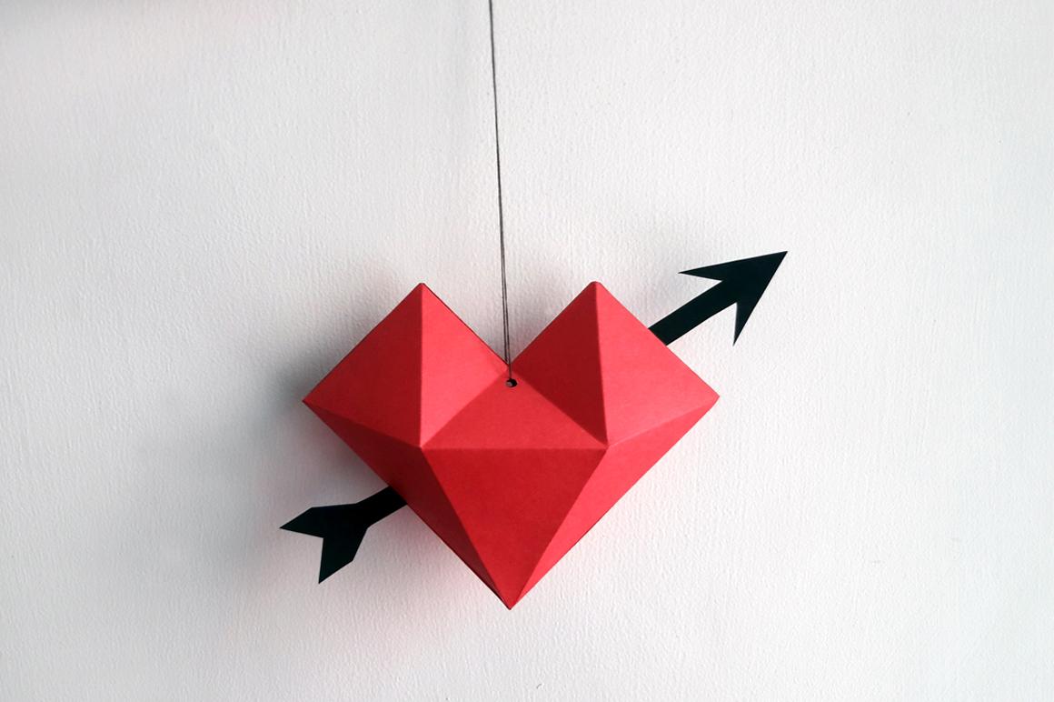 DIY Heart dangler - 3d papercraft example image 5