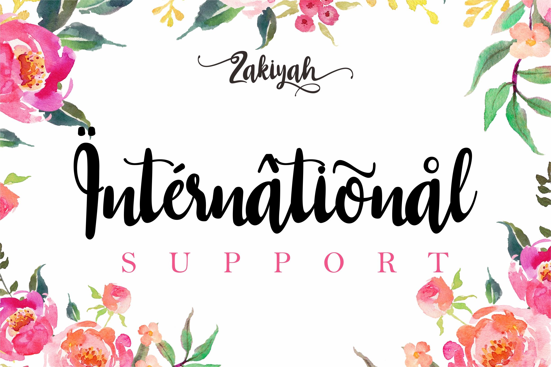 Zakiyah Lovely Font example image 9