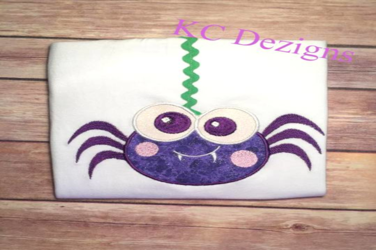 Green Eyed Halloween Spider Embroidery/Applique Design example image 1