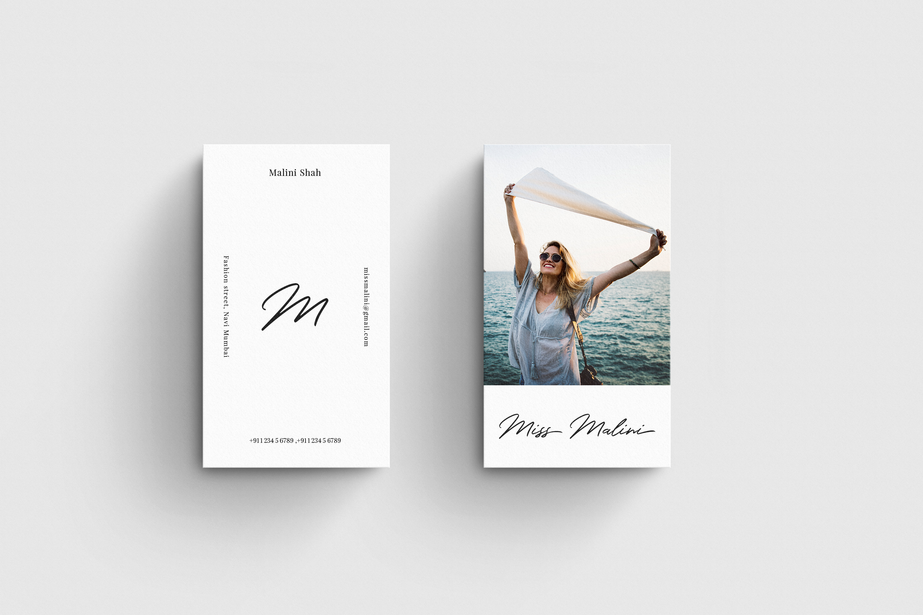 4 Business Card MockUps example image 5