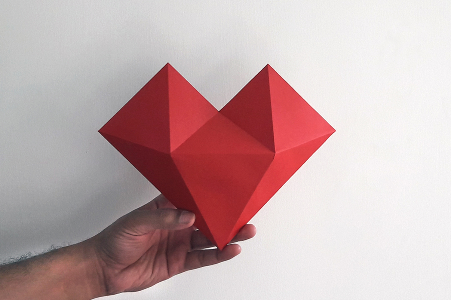 DIY Paper hat & heart - 3d papercraft example image 2
