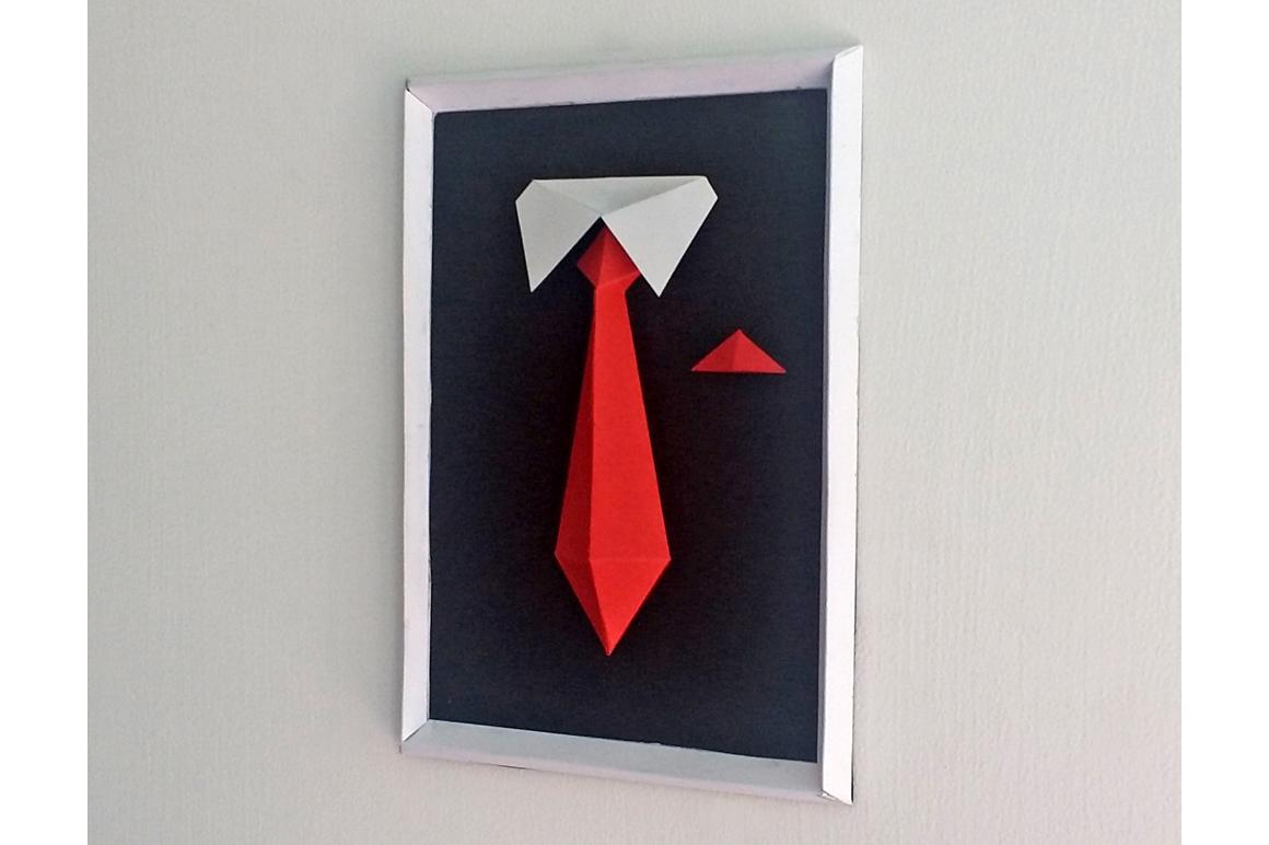 DIY Gentleman Frame - 3d papercraft example image 2