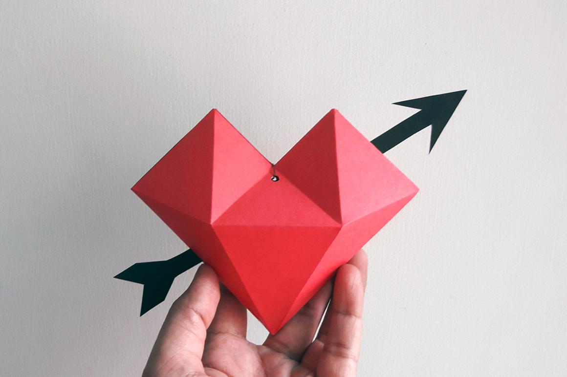 DIY Heart dangler - 3d papercraft example image 2