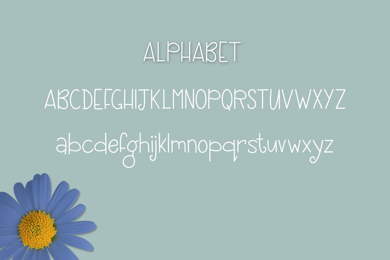 Blue Daisy example image 2