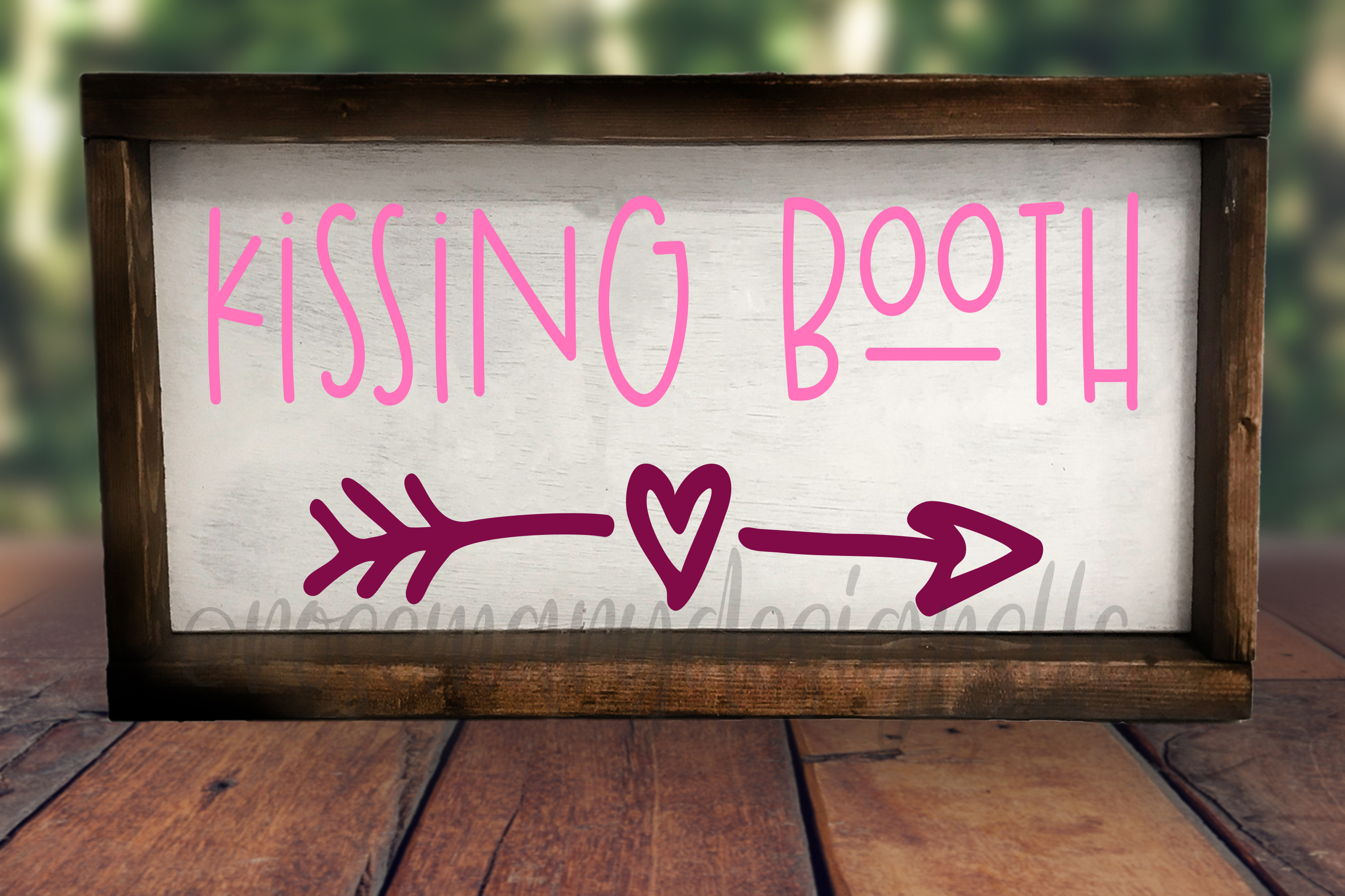 Kissing Booth - SVG example image 1
