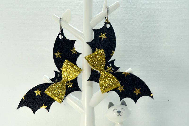 Bat earrings template SVG, DIY earrings template example image 3