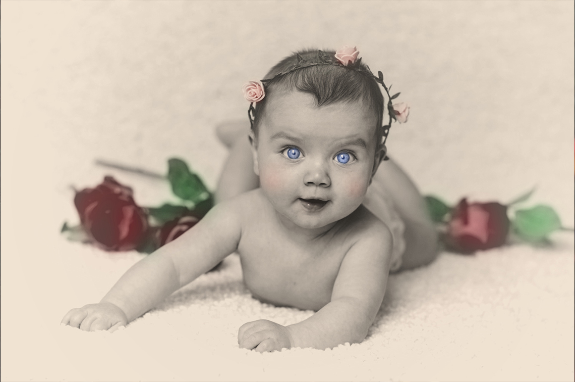 Colorized Old Photo Effect Photoshop example image 3